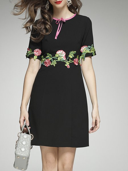 Black Polyester Floral-embroidered Half Sleeve Floral Midi Dress