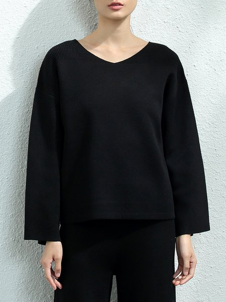 Black Solid V Neck Simple Knitted Sweater