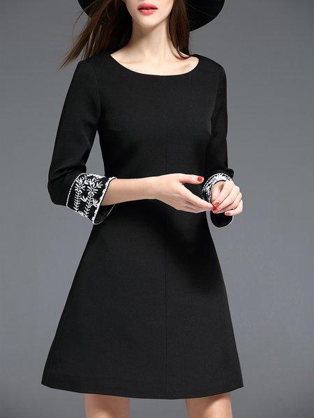 Beaded Elegant 3/4 Sleeve Midi Dress