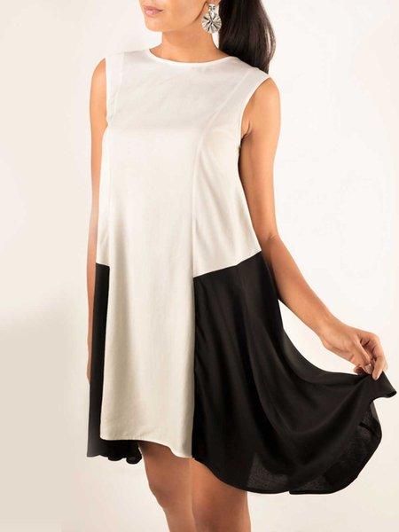 Black-white Sleeveless A-line Crew Neck Color-block Mini Dress