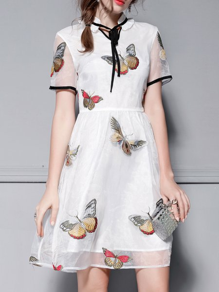 Butterflies Embroidered Short Sleeve Organza Midi Dress
