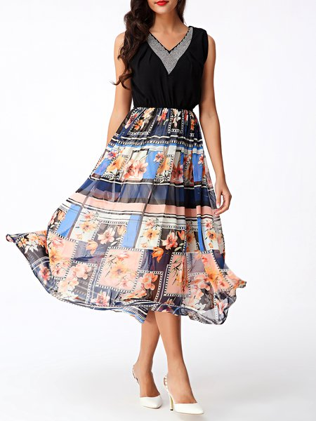 Floral-print V Neck Paneled Boho Swing Midi Dress