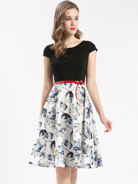 Black Short Sleeve Swing Floral-print Midi Dress with Belt