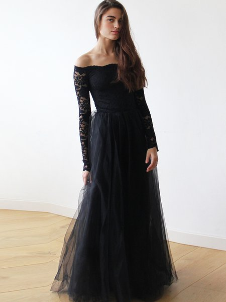 Black Elegant Off Shoulder Lace Tulle Evening Dress