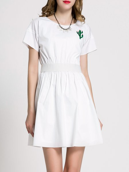 Short Sleeve Solid Appliqued Mini Dress