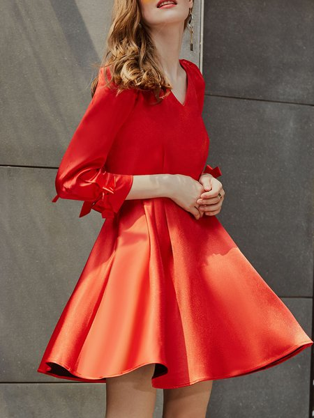 Red A-line Long Sleeve V Neck Solid Midi Dress