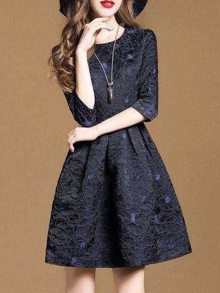 Black Crew Neck Solid Folds 3/4 Sleeve Midi Dress
