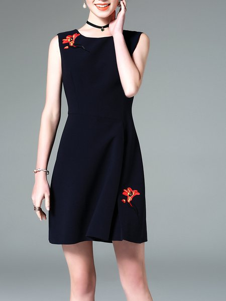 Vintage Crew Neck Floral-embroidered Floral Sleeveless Mini Dress