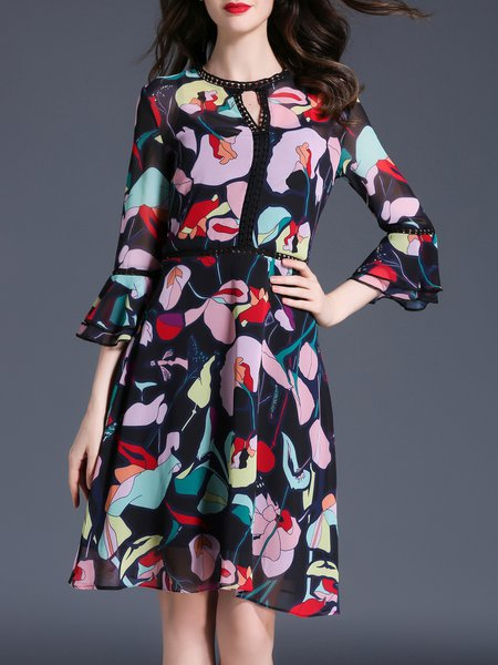 Black A-line Bell Sleeve Printed Abstract Midi Dress