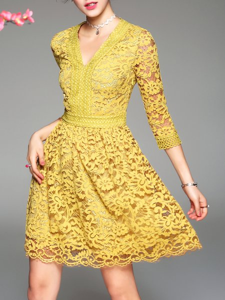 Yellow Elegant Guipure Lace Midi Dress