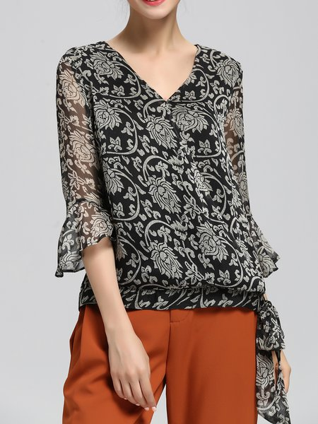 H-line Casual Chiffon Floral-print Bell Sleeve Blouse