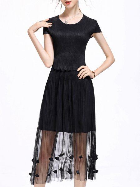 Black Short Sleeve Floral A-line Crew Neck Midi Dress