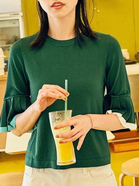 Knitted Crew Neck Bell Sleeve Pleated T-Shirt