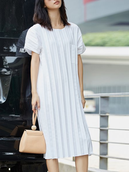 Short Sleeve Gathered Midi Dress