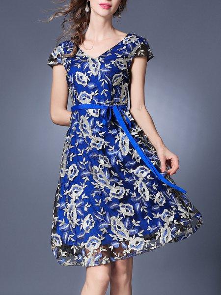 Short Sleeve Floral-embroidered Elegant Floral Midi Dress With Belt