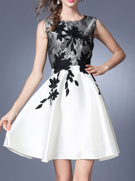 Appliqued Guipure lace Girly Sleeveless Floral A-line Polyester Mini Dress