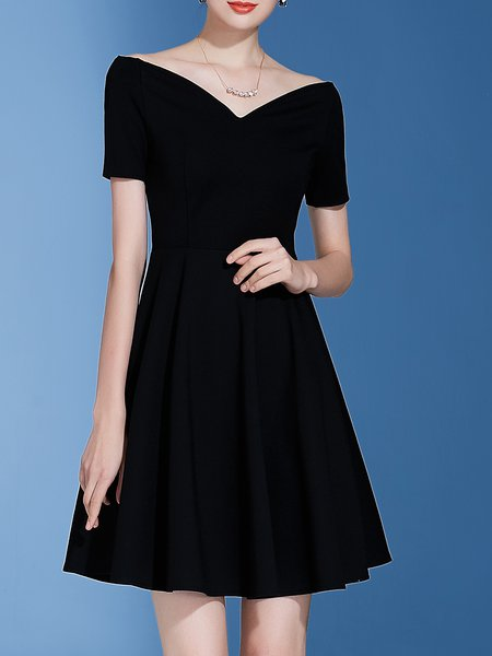 Black Solid Shorts Sleeve A-line Off Shoulder Midi Dress