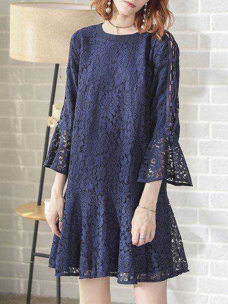 Guipure Lace Bell Sleeve Elegant Midi Dress
