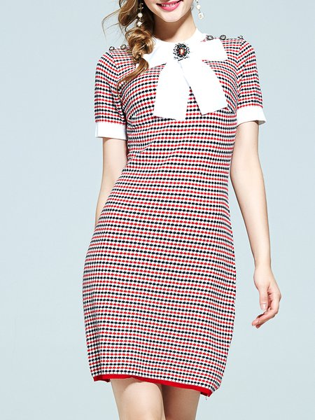 Red Shorts Sleeve Buttoned Stand Collar Midi Dress