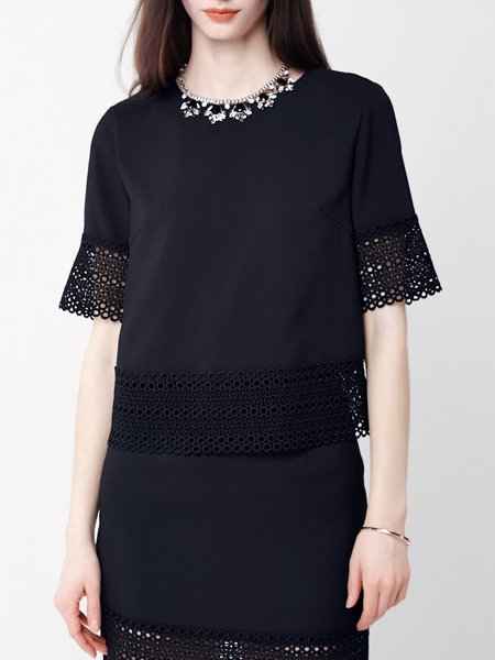 Black Plain Pierced Lace Stitching Shift Short Sleeved Top