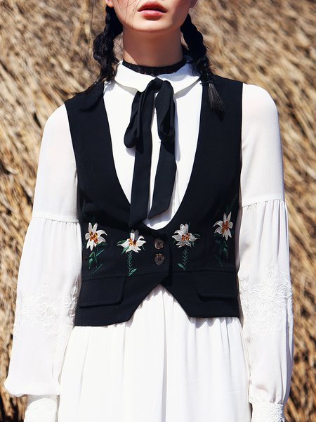 Black Embroidered Sleeveless Vests And Gilet