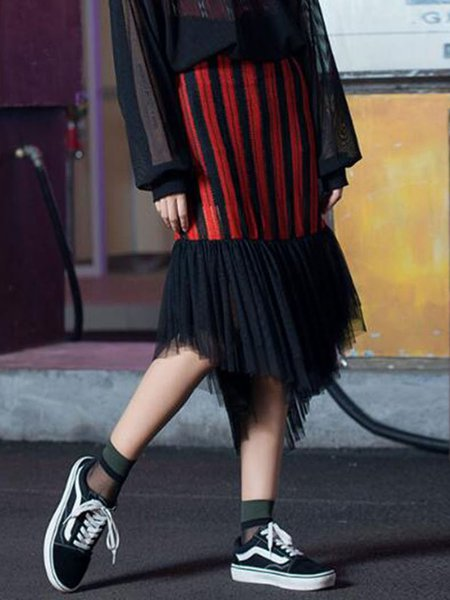 Black-red Spandex Casual Midi Skirt