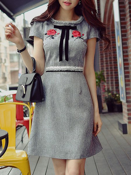 Gray Solid Stand Collar Girly Midi Dress