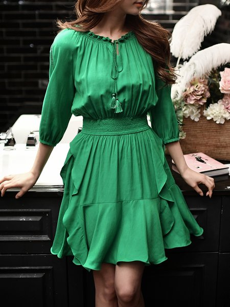 Green 3/4 Sleeve Solid Ruffled Shirred Crew Neck Midi Dress