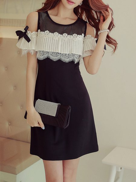 Black-white Color-block Cold Shoulder Ruffled Girly Mini Dress