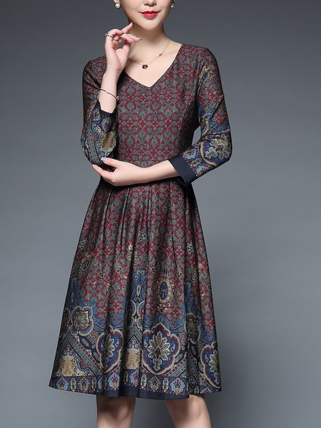Plus Size V Neck Printed Elegant 3/4 Sleeve Midi Dress