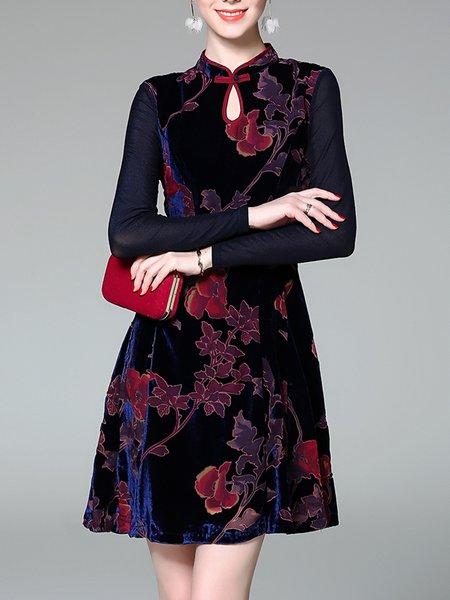 Elegant Velvet Long Sleeve Keyhole Cocktail Dress