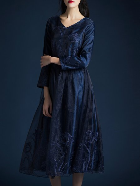 Navy Blue Embroidered Long Sleeve Midi Dress