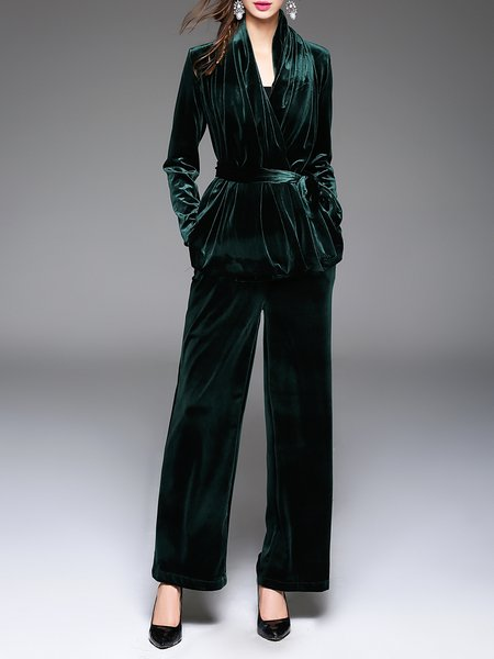 https://www.stylewe.com/product/velvet-two-piece-plain-elegant-long-sleeve-jumpsuit-with-belt-80165.html