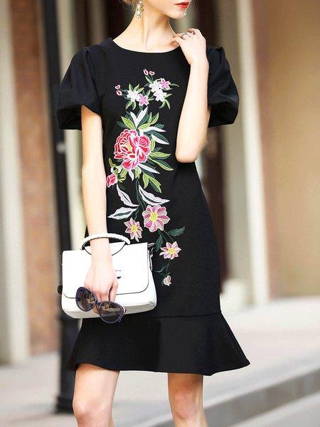 Flounce Embroidered Elegant Balloon Sleeve Midi Dress