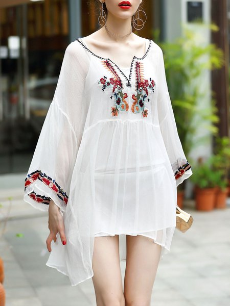 White Bell Sleeve Embroidered Sweetheart Boho Two Piece Holiday Dress