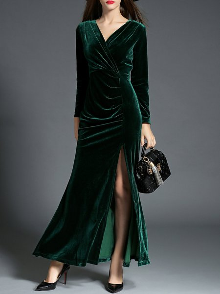 https://www.stylewe.com/product/velvet-elegant-ruched-sheath-evening-dress-88296.html