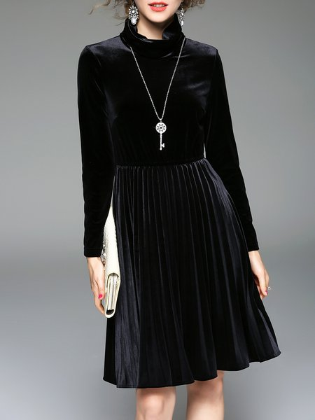 Elegant Long Sleeve Pleated Solid Midi Dress