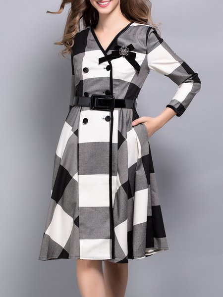 Black Long Sleeve Checkered/Plaid V Neck Midi Dress