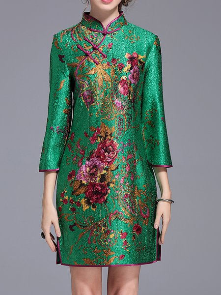 Green Shift Floral-print 3/4 Sleeve Mini Dress