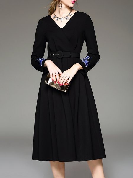 Black A-line Elegant Embroidered Midi Dress