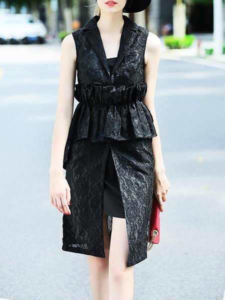 Black Sleeveless Lapel Paneled Lace Midi Dress