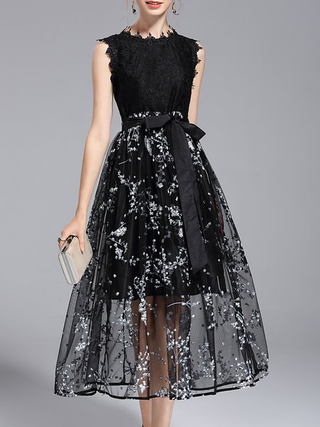 Sleeveless Lace Paneled Floral Elegant Party Dress with Belt