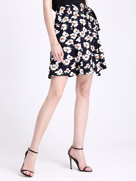 Navy Blue Casual Pleated Mini Skirt - StyleWe.com