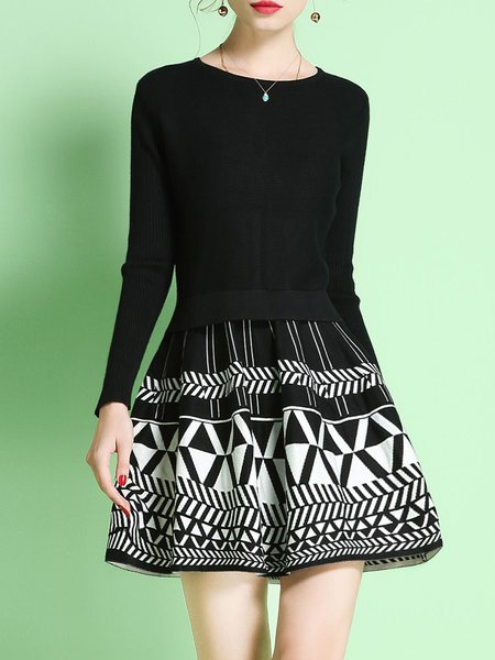 Black Geometric Printed A-line Sweater Dress