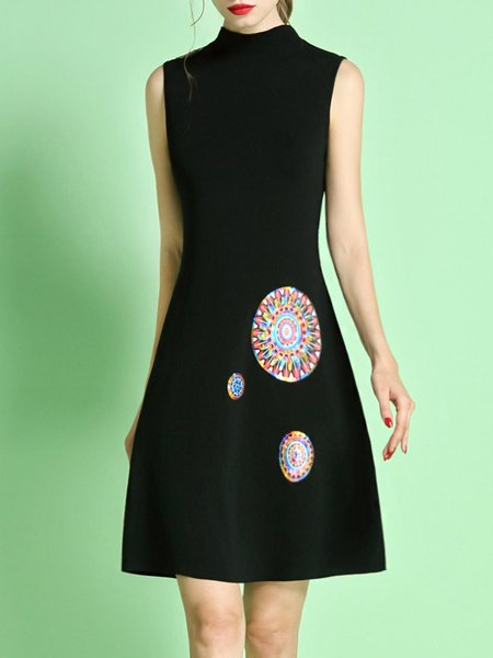 Black Knitted Sleeveless Sequins Embroidery Mini Dress