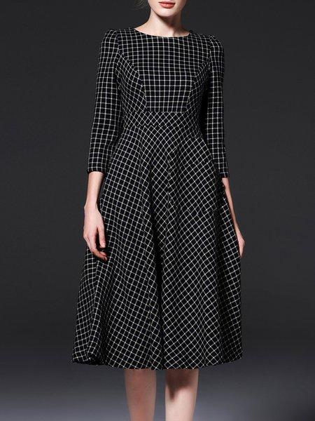 Black 3/4 Sleeve Crew Neck Checkered/Plaid Midi Dress