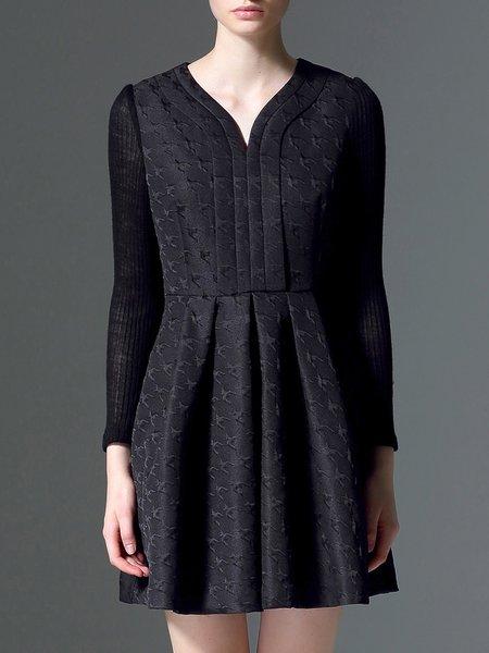 Black Houndstooth Casual V Neck Mini Dress