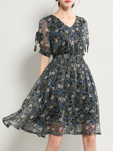 Blue Bow Short Sleeve Skater Floral Print Midi Dress