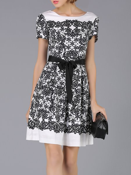 Floral Crew Neck Short Sleeve Girly Midi Dress