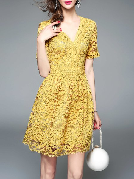 Yellow Elegant Floral A-line Guipure Lace Party Dress